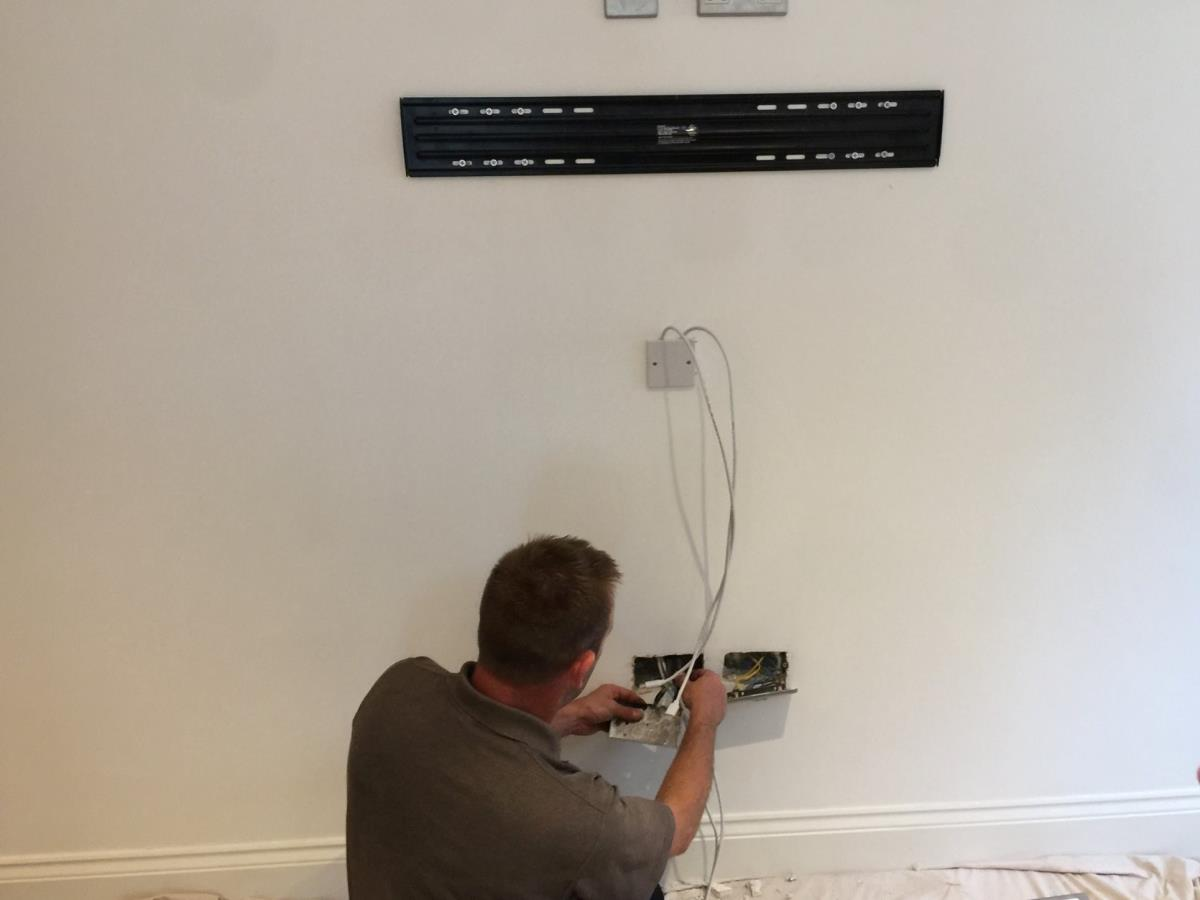 1 of 2 - Wiring for flat mount TV wall bracket for Blackpool home.